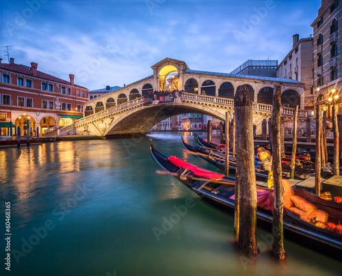 Ponte di Rialto in Venedig