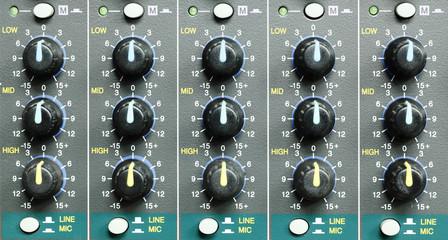 Mixer sound controlls