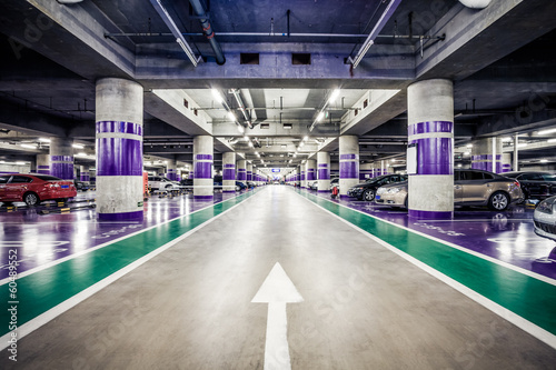 Underground parking aisle - 60489552
