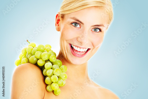 Energetic grapes