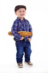 petit français avec sa baguette de pain