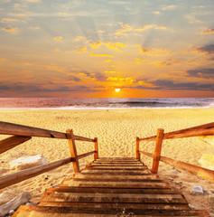 Fototapeta drewniane schodki na plażę