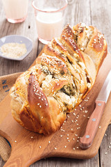 Bread with herbs and cheese