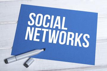 Social Networks blaue Tafel mit Schrift