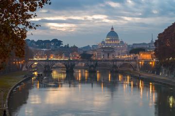 Roma San Pietro e il Tevere