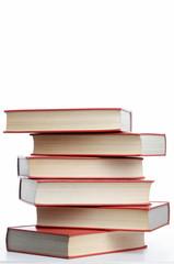 Bücher übereinander gestapelt