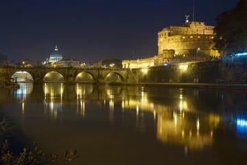 Roma Castel Sant'Angelo San Pietro e il Tevere