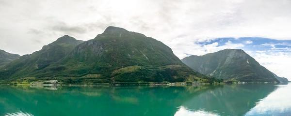 Hardangerfjord 4