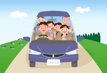 三世代家族ドライブ草原