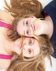 Mädchen mit Schnurrbart