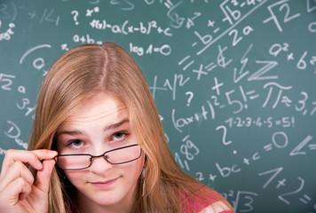 Schülerin mit Durchblick