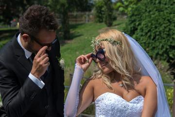sposi con occhiali