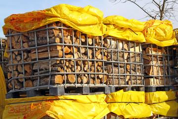 Palettes de bois de chauffage