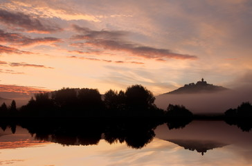 Die Wachsenburg bei Sonnenaufgang