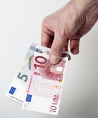 15 Euro cash back concept