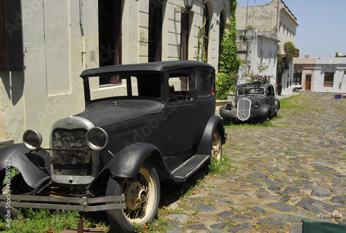 old cars at Colonia del Sacramento