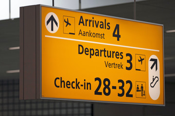airport information for departures and arrival assigns travelers