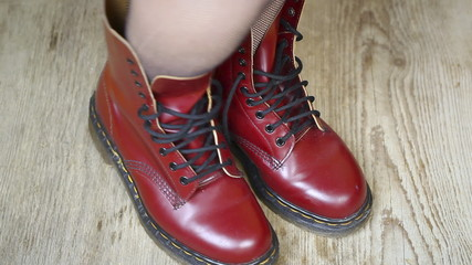 Red leather boots episode 1