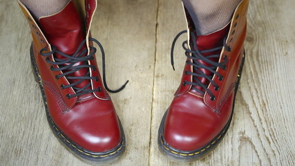 Red leather boots episode 2