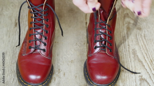 Red leather boots episode 5