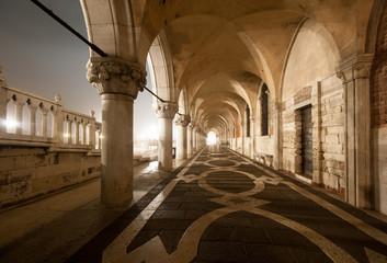 venezia portico palazzo ducale 3274