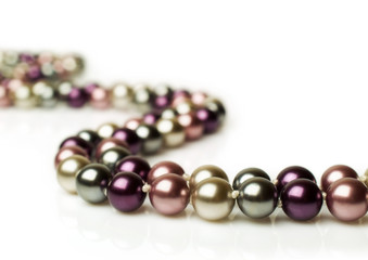 color pearl necklace