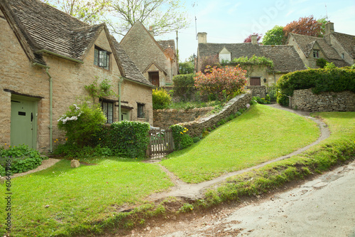 Bilbury . Traditional Cotswold cottages in England, UK.