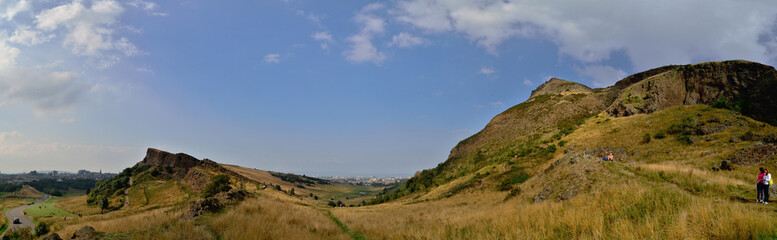 berg in schottland panorama