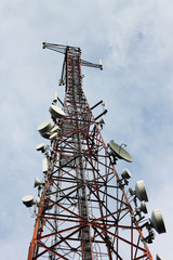 phone signal transmitter tower