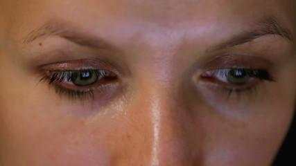 Woman at the computer, close-up