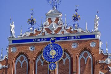 Astronomische Uhr am Schwarzhäupterhaus, Riga