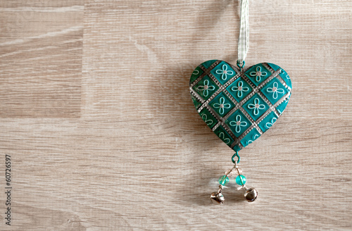 canvas print picture Vintage grunge heart hanging over wood background