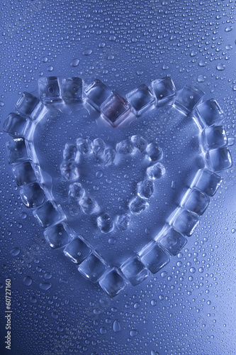 ice heart 1 © maxwroc