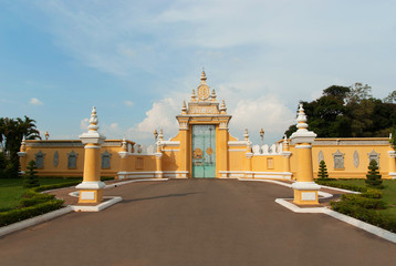 Main gate to Royal Palace in Phnom Penh, Cambodia