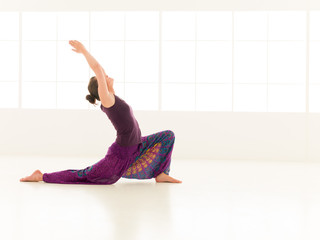 Anjaneyasana yoga pose
