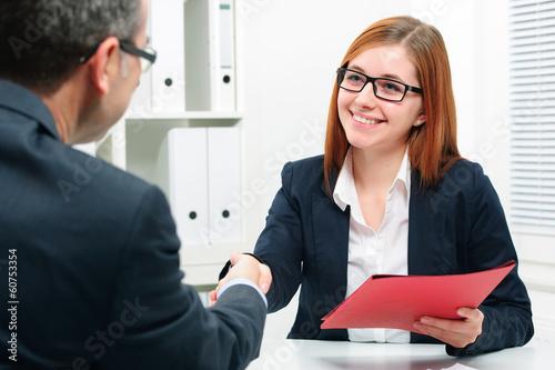 Leinwanddruck Bild Handschlag nach dem Bewerbungsgespräch