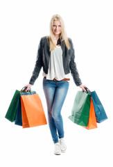 Blondes Mädchen auf Shoppingtour