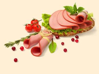 Bread with ham and tomato