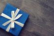 Leinwanddruck Bild - Blue elegant gift box