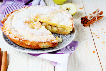 appetizing apple pie