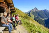 Fototapety Senioren beim Wandern