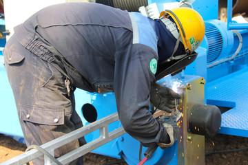 end carriage welding