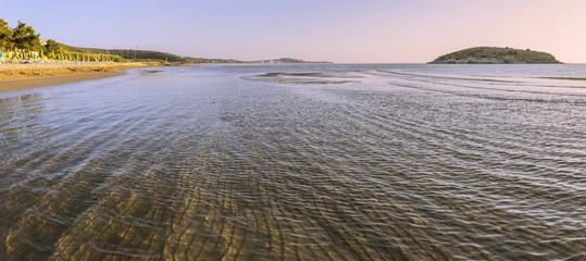 Costa del Gargano: trasparenze.-Vieste (Puglia) ITALIA-