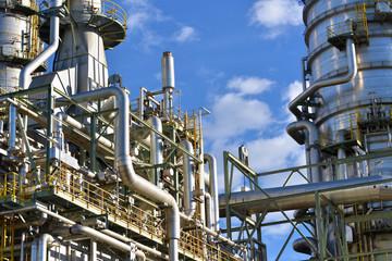 Industrieanlage Detail // pipelines