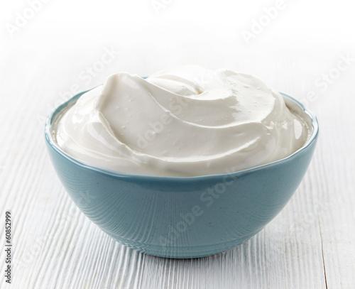 Plexiglas Zuivelproducten bowl of sour cream