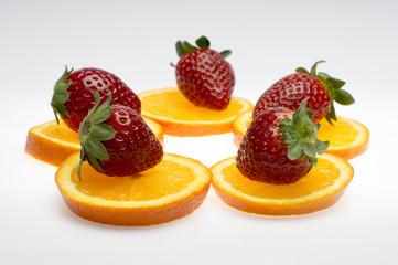 fresas con naranjas