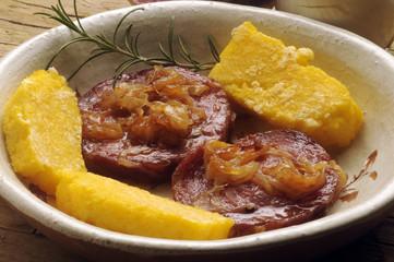 Salame all' aceto салями уксус лук полента 살라미 식초 양파 폴렌타