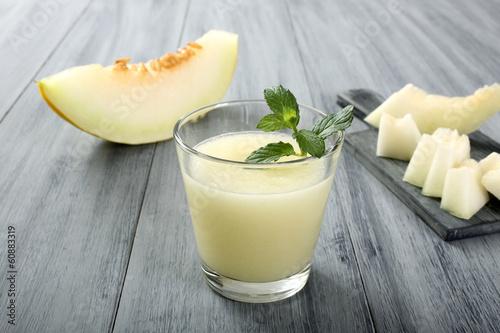 Leinwandbild Motiv melone frullato