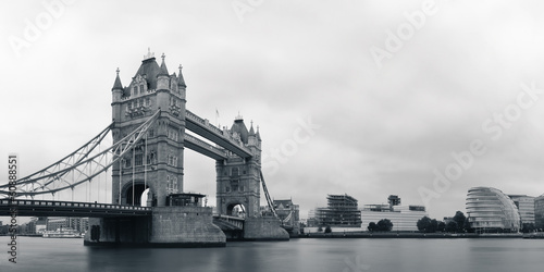 Tower Bridge in black and white - 60888551