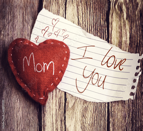 Retro I Love You Mom written on a peace of paper